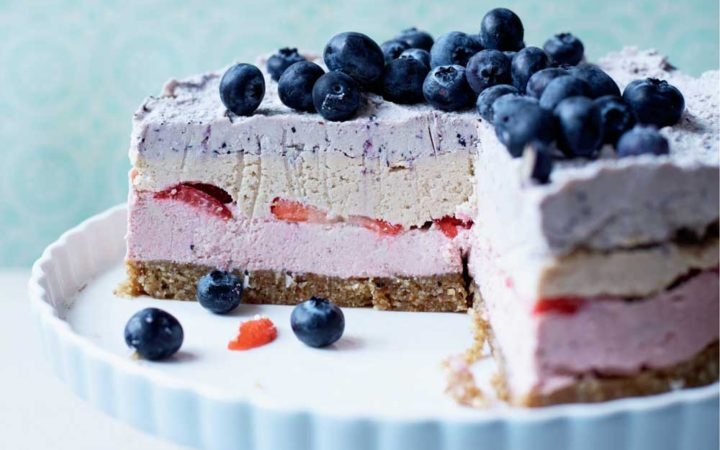 RAW-LAYERED-BERRY-cheesecake