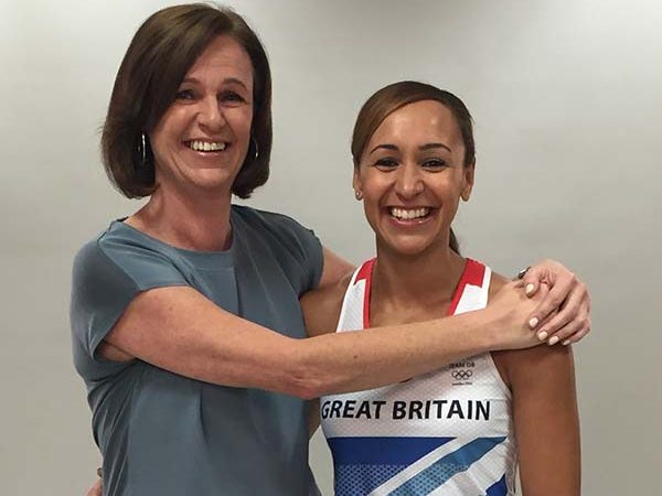 dame-jessica-ennis-hill-with-her-mum
