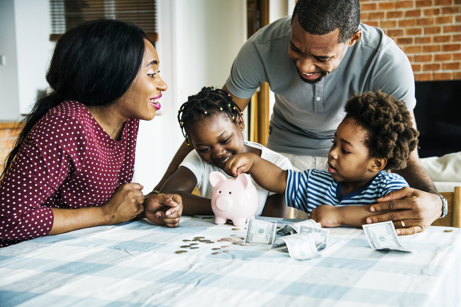 parents-saving-money-for-their-children