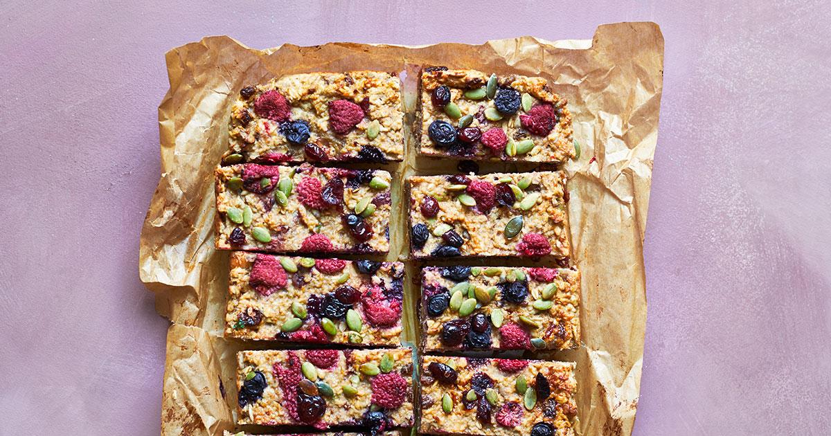 Fruit oatmeal bake
