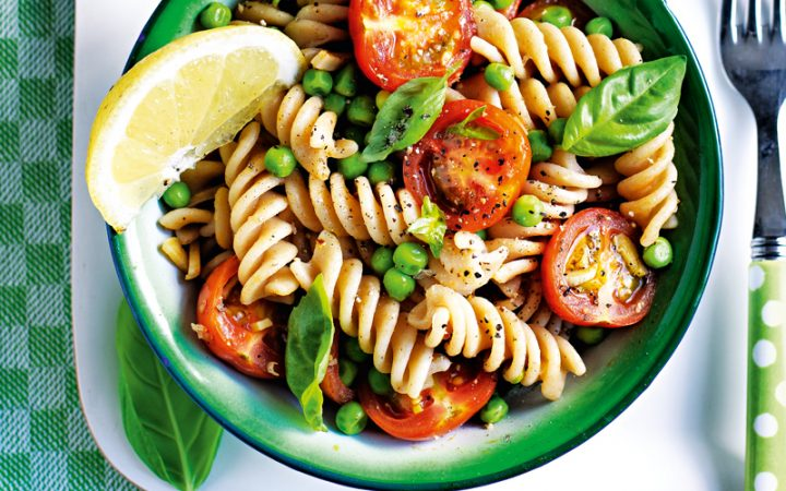 Pasta salad with peas & garlicky tomatoes